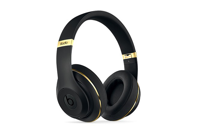 alexander-wang-x-beats-by-dre-beats-studio-headphones-1
